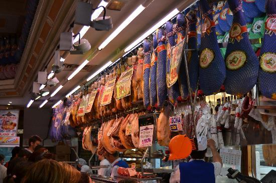 Museo del Jamon: interno pdv calle mayor