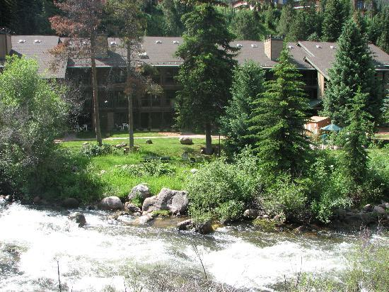 VRI Streamside at Vail - Aspen: Exterior with stream