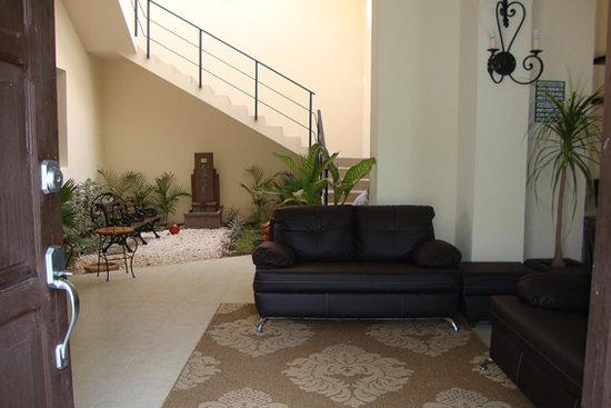 Luna Nueva Hostel: Lobby