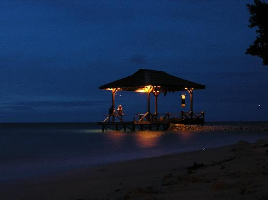 Togian Islands, Indonesia: Pier by night