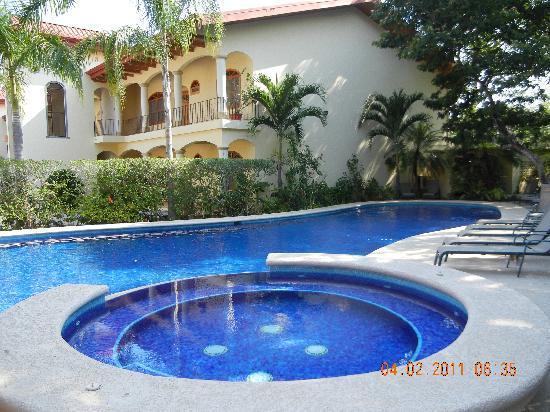 Villa Del Sol: Pool/Jacuzzi
