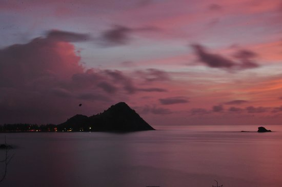 Cap Estate, Saint Lucia: Sunset from Room 16 terrace