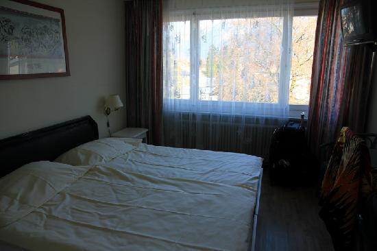 MyHotel Merkur: room
