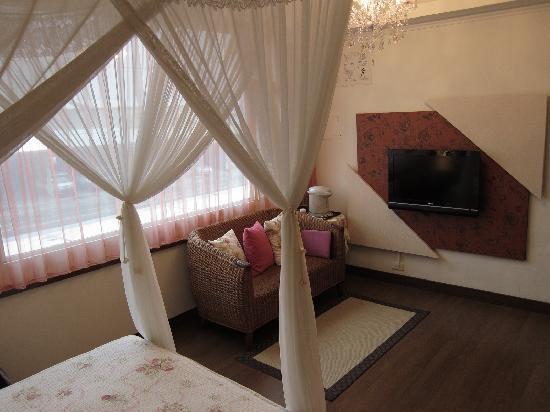 Hualien Sunrise Hostel: Superior double - 典藏玫瑰公主套房