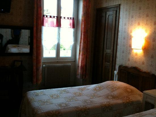 Hotel Sylvia : camera da letto 1