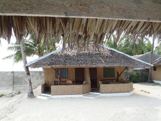 Budyong Beach Resort: this is the duplex beachfront room