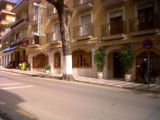 Lanjaron, Ισπανία: Entrada del Hotel