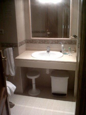 Hotel El Sol: Baño
