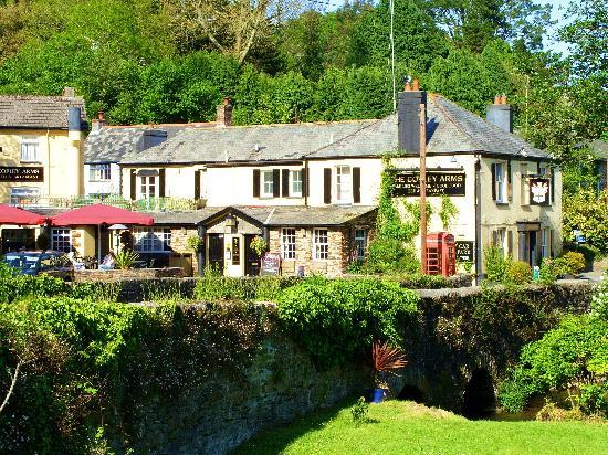 Copley Arms: Set in a beautiful wooded valley