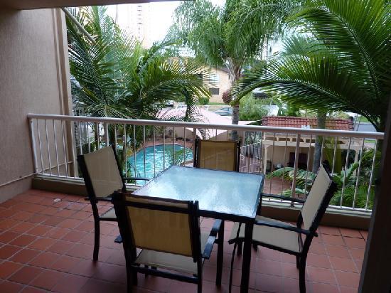 Jubilee Views : Balcony overlooking pool