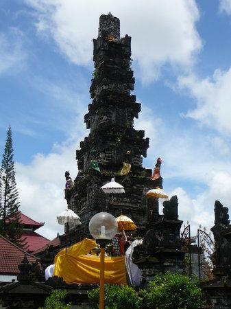 Jagatnata Temple (Pura Jagatnatha)