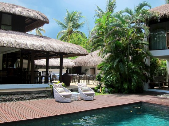 The Ananyana Beach Resort & Spa: Restaurant beside the pool area