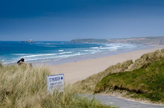 Hayle, UK: To the Beach!