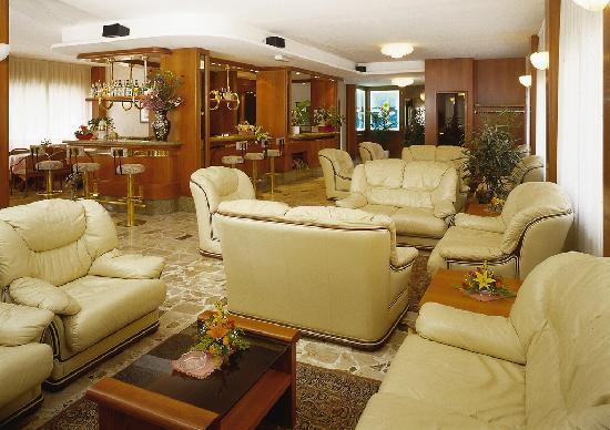 Hotel Corallo: hall