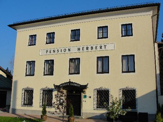 Hotel Pension Herbert - Main View