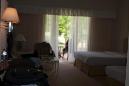 Grand Mutiara Hotel Berastagi: Our room