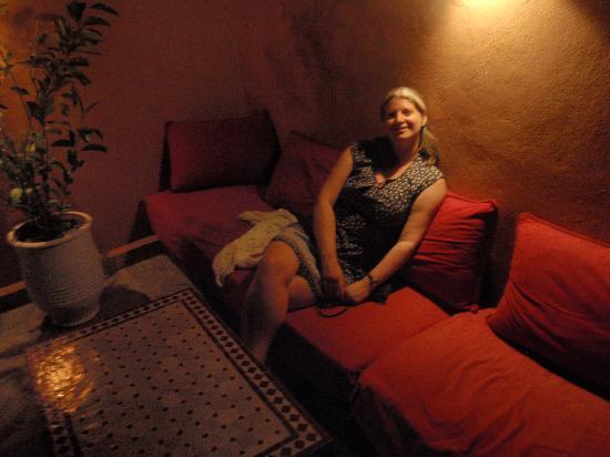 Riad Tizgui: cosy terrace