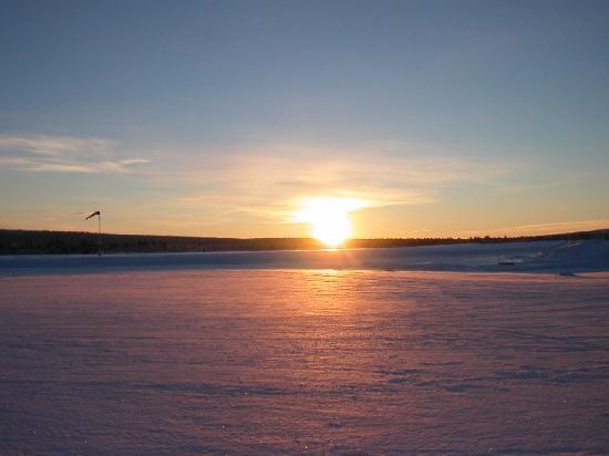Kiruna, Swedia: sole alto