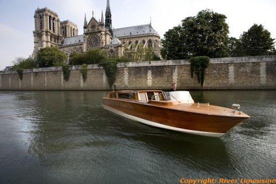 River Limousine : Notre Dame