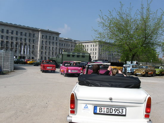 Trabi-Safari - TrabiWorld Berlin: Off we go!