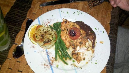 Tulemar Bungalows & Villas: Chipotle Chicken prepared by Chef Chris