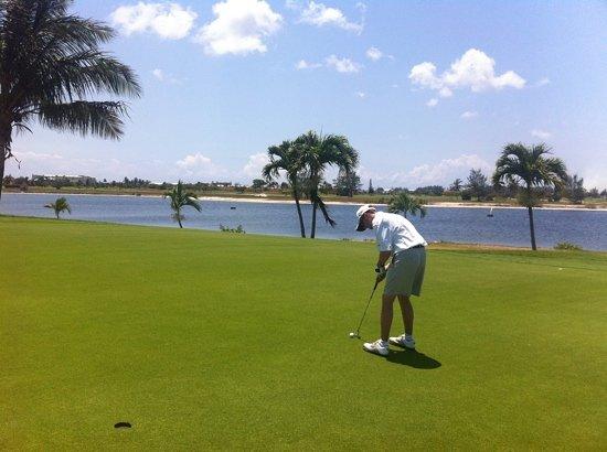 North Sound Golf Club : 18th green