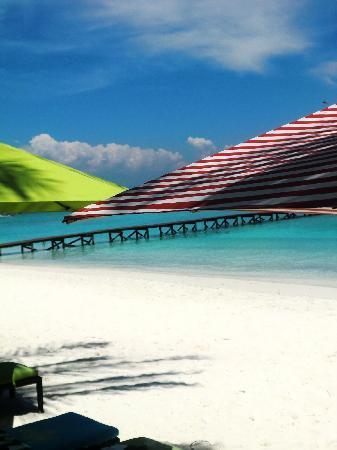 Sari Pacifica Hotel, Resort & Spa - Lang Tengah : Sari Pacifica private beach