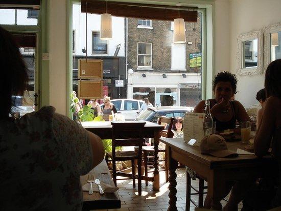 The Living Cafe: Living cafe in April heatwave