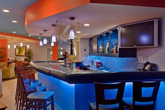 Phi Bistro & Bar