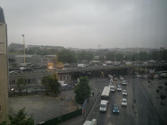 Holiday Inn Paris-Porte De Clichy: View from the room