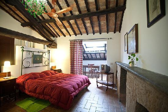 B&B La soffitta e La Torre: camera verde