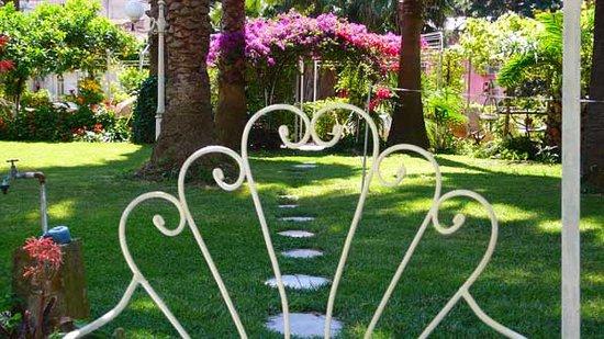 Bed & Breakfast Il Giardino Segreto : il giardino segreto