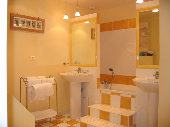 Mas Samarcande: Salle de bains de la chambre Lérins