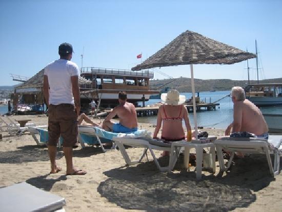 Gumbet Beach Resort: Launching fron boatyard next door to GB