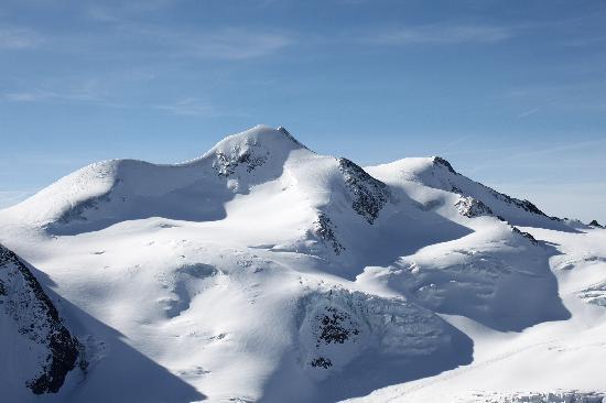 Hotel Sonnblick: La fantastica Wildspitze (3772 m): la montagna più alta del Tirolo