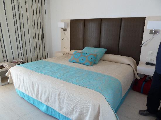 Hoposa Daina Hotel : room