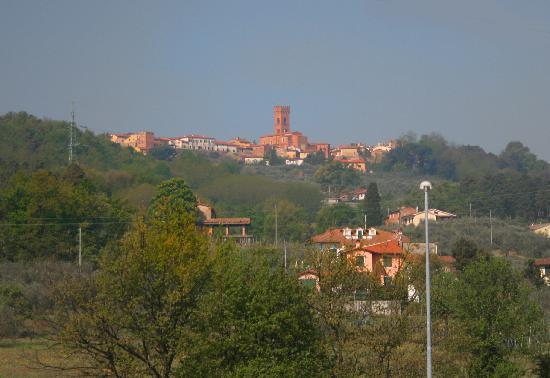 Antica Casa dei Rassicurati: View of Montecarlo