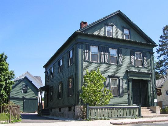 Fall River, MA : Borden house 2011