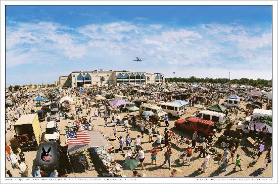 Wolff's Flea Market: Rosemont Market
