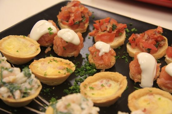 Taste Restaurant: some of the canapes from Taste outside catering