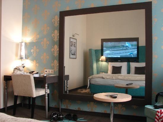 La Prima Fashion Hotel: Room