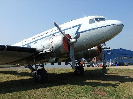 Airbase - The Home of Classic Flight : DC6