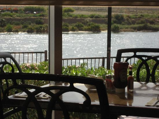 Aquarius Resort Bw Premier Collection River View Dining Room Right By