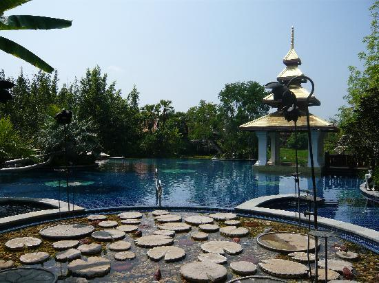 The Dhara Dhevi Chiang Mai: Hauptpool