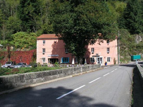 Auzelles, Frankrike: Façade