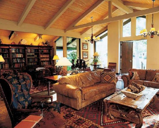 Alisal Guest Ranch & Resort: Alisal Library