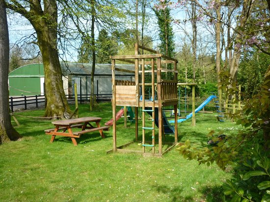 Blessingbourne Apartments: Playground 20m from aprtment