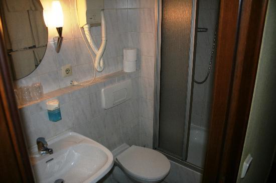 Hotel Kurfurst - Il bagno