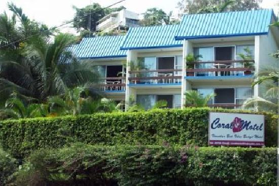 CORAL MOTEL & APARTMENTS