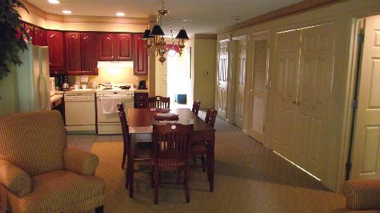 Living Dining Room Picture Of Williamsburg Plantation Resort
